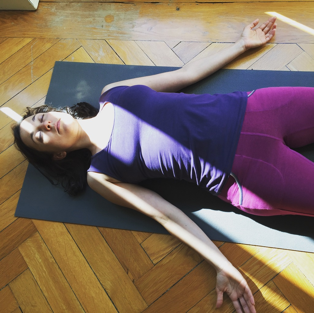 Tiefe Entspannung beim Yoga Personal Training ·