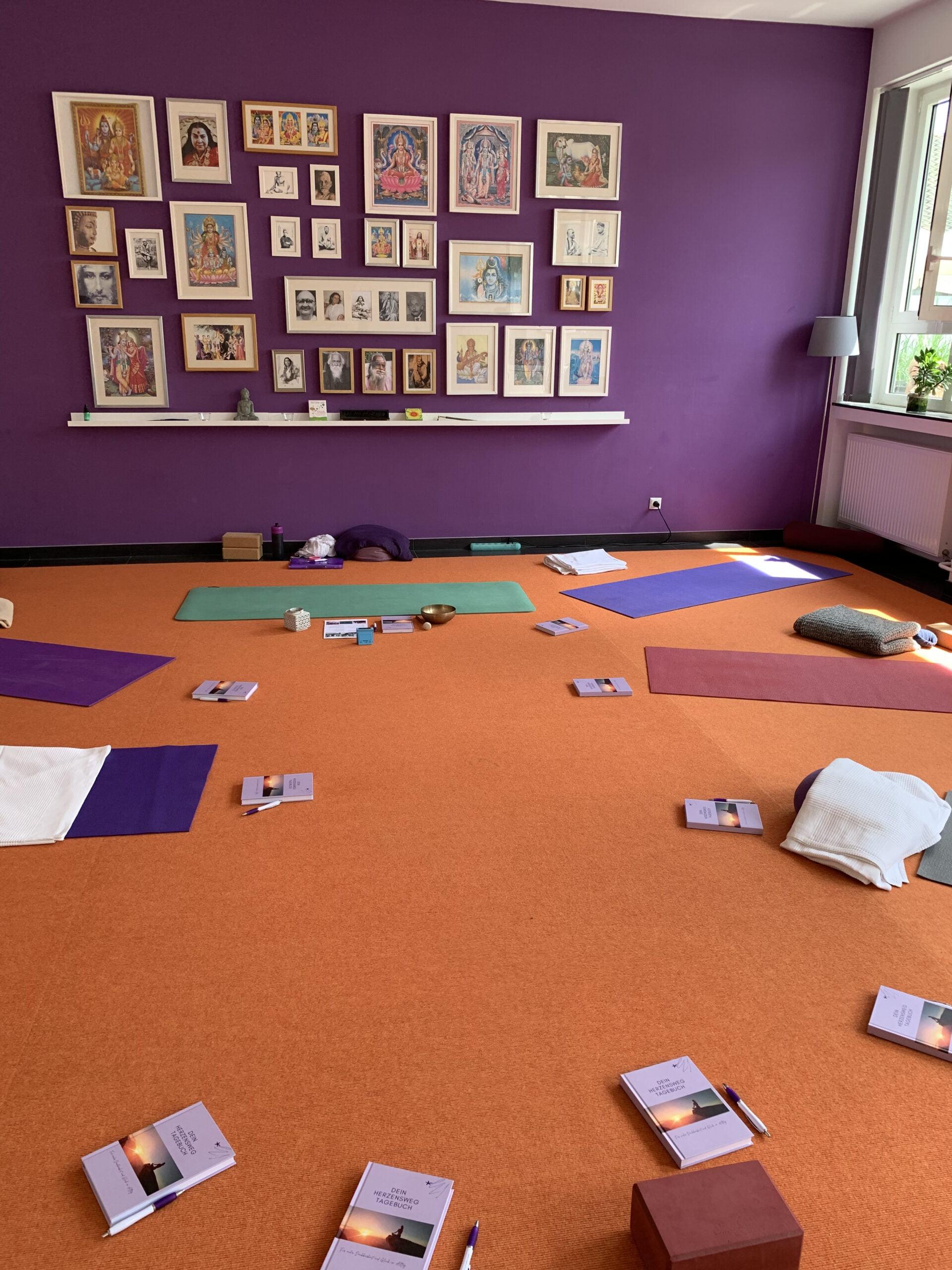 Yogaraum im Seminarhaus Sampurna