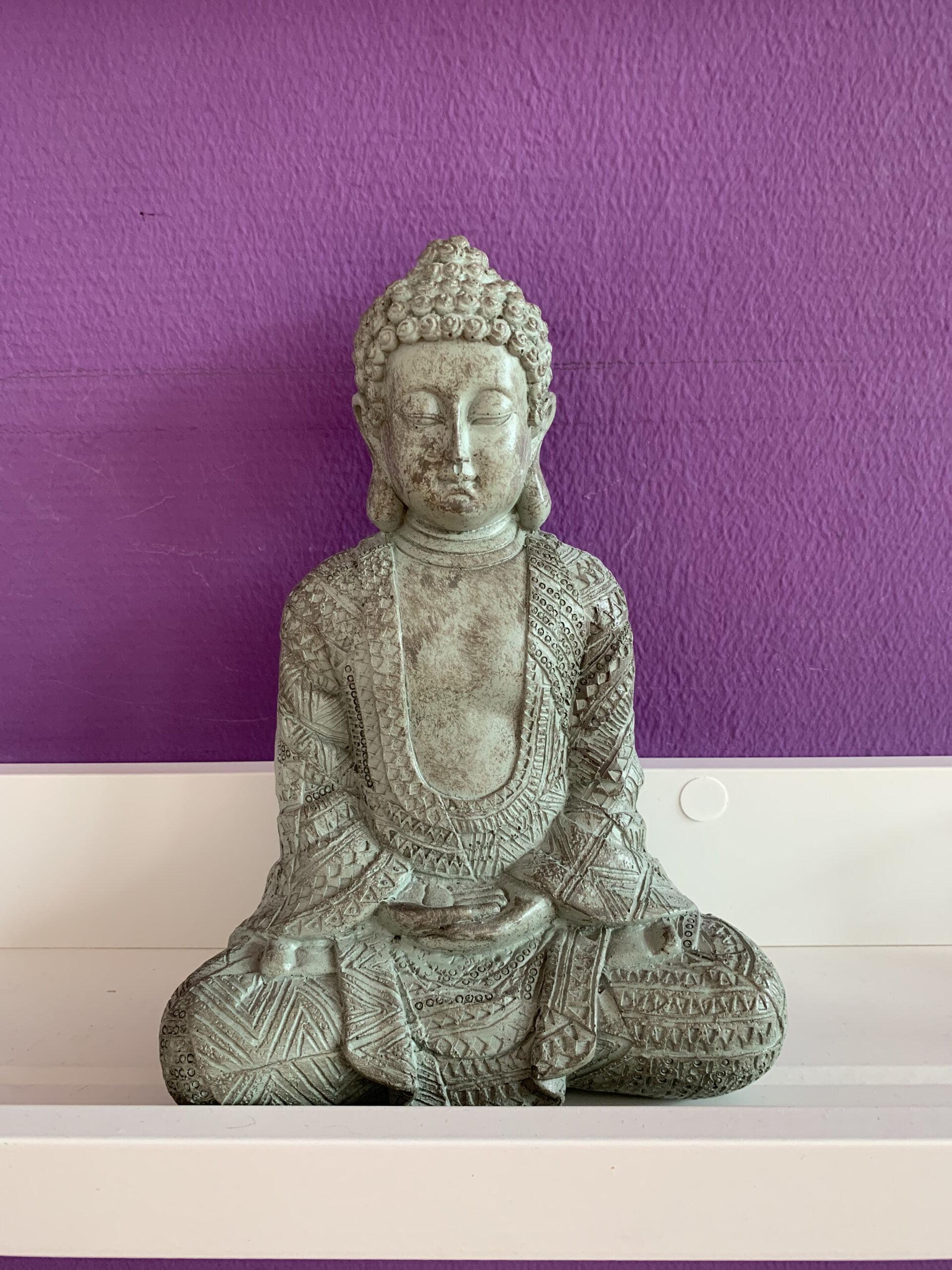 Buddha Figur im Seminarhaus Sampurna